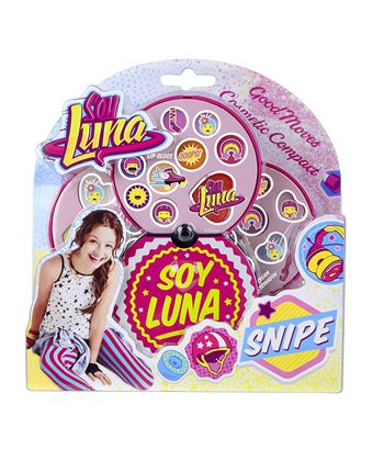 Soy luna goog moves cosmetic compact for Compact mercedes benz crossword